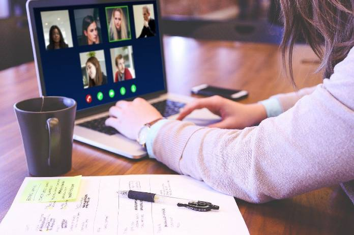 How to change background on skype zoom and microsoft teams video call
