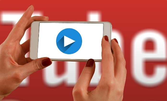 Watch YouTube videos with your friends remotely