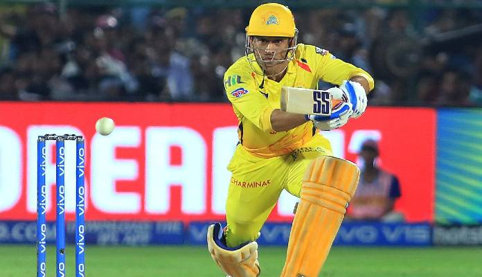 csk skipper dhoni should play like his old version